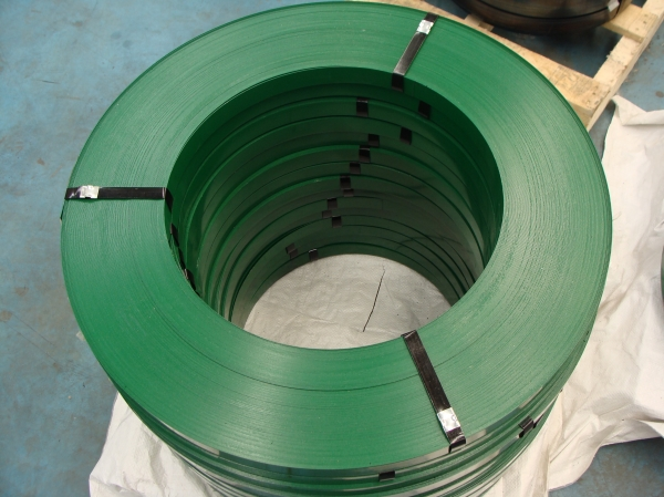 high tensile green painted steel strappings